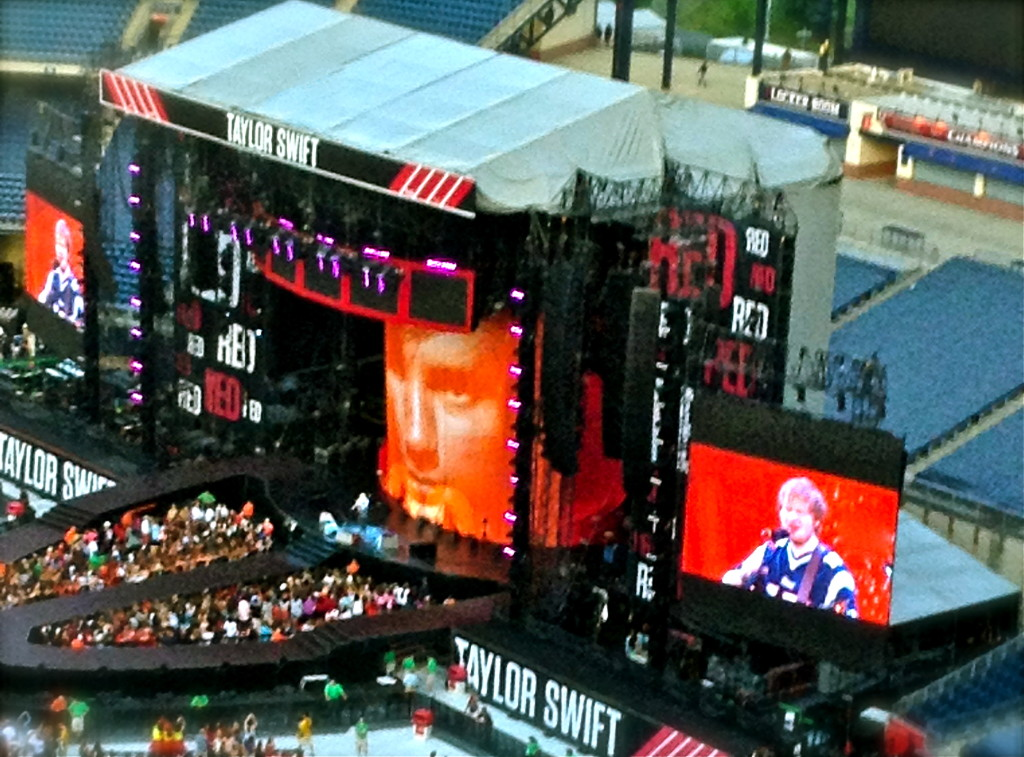 Sheeran performing during Taylor Swift's Red Tour
